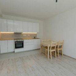 Predaj pekného 2,5 izb. bytu po kompletnrj rekonštrukcii na Tranovského ul.