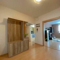 PRENÁJOM - 3 izbový  byt 70 m2, zariadený a vybavený, kolónia PRAVENEC okres PRIEVIDZA