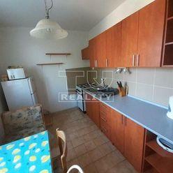 Na prenájom 3 izbový byt v Nitre.65m2