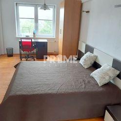Pekný 2i byt, REKONŠTRUKCIA, BALKÓN, Krížna ulica, Staré Mesto