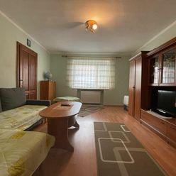 TRNAVA REALITY - 3 izb. rodinný dom po čiastočnej rekonštrukcii v Trnave - časť Kopánka