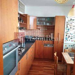 2 izbový byt , 51 m2, rekonštrukcia, Dúbravka - Homolova