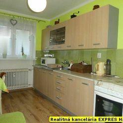 RK EXPRES - EXKLUZÍVNE 2 izbový tehlový byt v Handlovej, po rekonštrukcii, 65 m2, ul. 29.augusta.