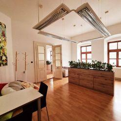 Directreal ponúka TOP PONUKA - Reprezentatívne priestory v centre Pezinka na Radničnom námestí.