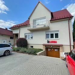 Rodinný dom s kasínom a autoumyvárkou v Dunajskej Strede - Predaj