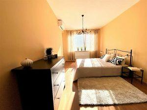 Veľký 3izbový byt s 39m2 terasou, Sliačska ulica, 2x parkovacie státie v cene nájmu