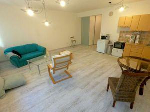 Video:1-izbový tichý byt, zariadenie dohodou, novostavba Banšelova ul.