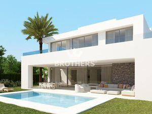 Predaj - Exkluzívna 5 izbová dvojpodlažná vila – Marbella - Španielsko