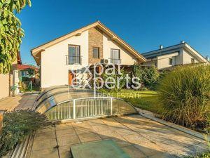Veľkorysý 6i rodinný dom, 260 m2, krb, záhrada s bazénom, Stupava