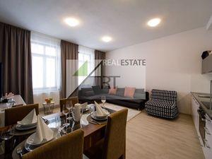ART REAL Estate ponúka na PRENÁJOM  2-izbový byt  Bratislava - Staré Mesto -Historické centrum_ NOVO