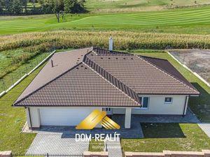 DOM-REALÍT ponúka na predaj novostavbu, krásny priestranný 4-izbový bungalov v obci Lužianky