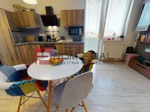 1,5 izbový byt s balkónom v Slovenskom Grobe