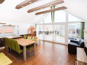 Ponúkame na prenájom pekný RD s 3 izb. bytom, nebytovými priestormi a parkovaním