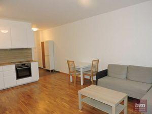 Prenájom 2 - izb. bytu v novostavbe na ul. M. Granca s parkovaním