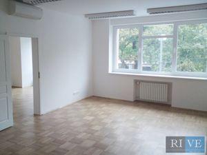 100 m2 – reprezentatívne priestory v úplnom centre mesta