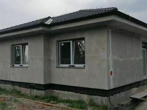 Na predaj 3 izbový rodinný dom – dvojdom v obci Dunajský Klátov