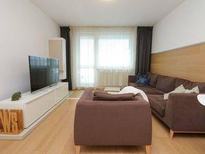 PREDAJ - Nadštandardný 2-izbový byt, Ružinovská ulica, Bratislava