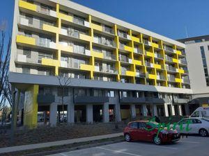 Ponúkame na prenájom 2 izb. byt na MLYNSKýCH NIVáCH s parkovacím státim