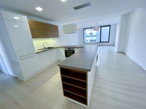Luxusný 4i byt v novostavbe s parkovaním v centre