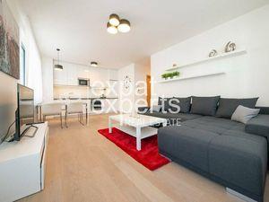 Priestranný 2i byt, 59 m2, zariadený, s lodžiou, Zuckermandel
