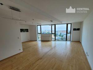 Priestranný 4i rezidenčný apartmán v novostavbe na predaj v Petržalke