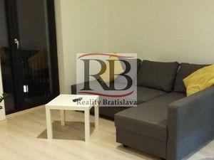 Na predaj 1,5-izbový byt v úplnom centre Bratislavy - Suché Mýto, Staré Mesto