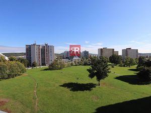 HERRYS, Prenájom zariadeného 3 izbového bytu s terasou, balkónom a garážovým státím v blízkosti  The