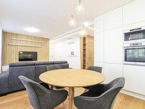 HERRYS - nadštandardný 3 izbový byt s veľkou terasou na prenájom