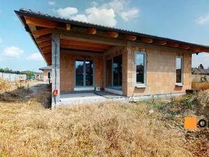 REZERVOVANÝ Moderný bungalov 5 minút od Senca, novostavba holodomu B