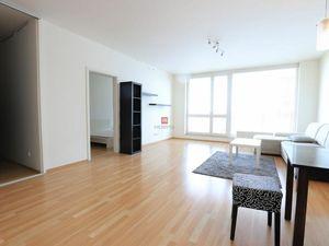 HERRYS- Na prenájom veľký čiastočne zariadený 2izbový byt s lodžiou v novostavbe Koloseo