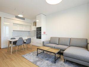 HERRYS - Na prenájom moderný 2 izbový byt s garážovým státím na 20 p. vo veži I v jedinečnom projekt