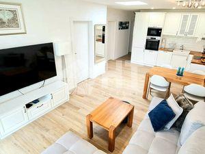 Ponúkame na predaj 3 izbový byt s ÚP 64m2  záhradou 64m2 a 3 parkovacími miestami