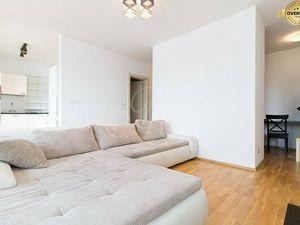 Veľký moderný 2i byt s terasou s výhľadom vo vyhľadávanej lokalite