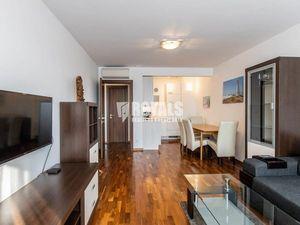 Kompletne zariadený 2i byt, balkón, garáž, Ružinov