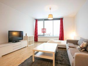 HERRYS - Na prenájom 1 izbový byt s krásnym výhľadom v projekte III Veže