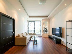 Moderný, zariadený 2i byt 70m2, parkovanie, 5 Star Residence