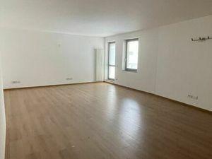 RK MAXIS REAL: NA PREDAJ : Veľký atypický 1 izbový apartmán s terasou v novostavbe v centre mesta