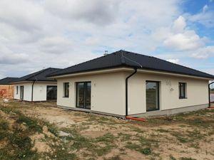 NEO- novostavba 4i rodinného domu v Šúrovciach