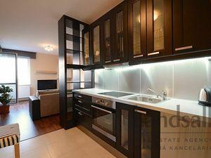 Ponúkame na predaj lukratívny 2 izbový byt o výmere cca 50m2 v novostavbe na ul. Jégeho, BA 2  Ružin