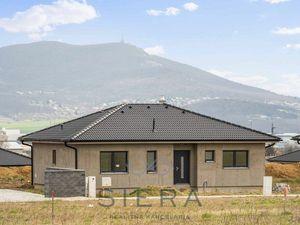Predaj, skolaudovaný 4i bungalov s výhľadom na Zobor