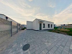 NAJREAL | 3D virtuálna prehliadka, NOVOSTAVBA, 4-izbový rodinný dom, Smaragdová ul.,Slovenský Grob