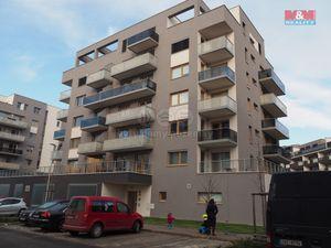 Pronájem bytu 1+kk, 41 m², Praha, ul. Saarinenova