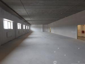 Prenájom sklady o výmere 1224 m2 v novostavbe v priemyselnej časti Žiliny,  Cena: 5 €/m2/mesiac + DP