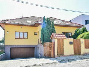 RD s garážou a bazénom, ul. Bystrická, Košice – Pereš