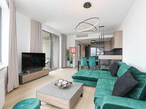 HERRYS, Prenájom nového a moderného 3 izbového bytu s garážovým státim v projekte SKY PARK