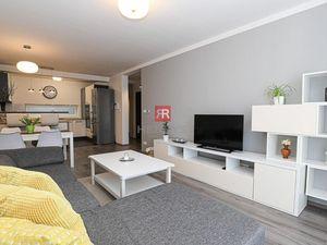 HERRYS - Na prenájom priestranný 3 izbový byt v novostavbe s vyhradeným parkovaním