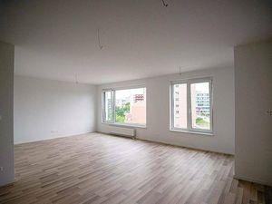 Prenájom 3 izbový byt, Bratislava - Ružinov, Jarabinková ul., 2. posch
