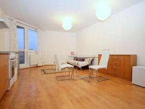 HERRYS - Na prenájom zariadený 2 izbový byt v novostavbe s výhľadom na hrad