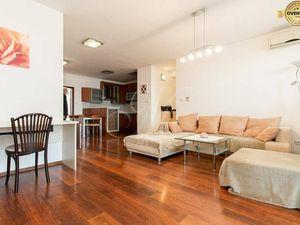 Jedinečný priestranný 3 izbový byt s garážou, 2x balkón v novostavbe