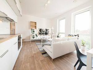 Krásny, nadštandardný 3i byt, 64m2, vo vile, balkón, parkovanie